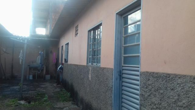 Setor Leste QD 07, otimo para renda, 6 Kitnet + Apartamento 2qts R$ 270.000,00 - Foto 2