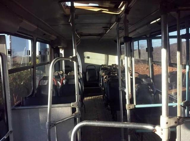 Vende-se um micro-ônibus 2001 - Foto 6