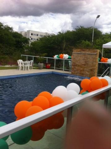 Condomínio jardins dos alecrins, 02 quartos, garagem, bairro: Mauricio de nassau - Caruaru