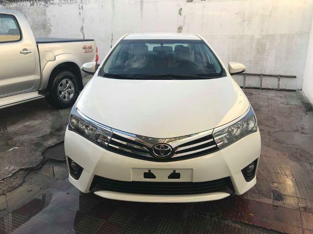 Toyota Corolla XEI 2.0 Branco Perola 2017