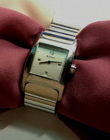 d637904b02c Relógio feminino H Stern - Bijouterias