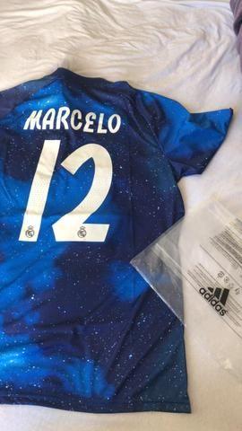 Camisa Real Madrid edição limitada G - Roupas e calçados - Santa ... d6b7ecef5308c