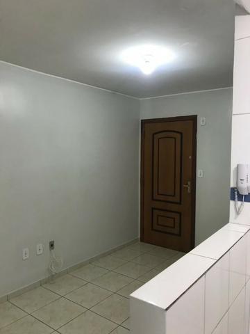 Alugo lindo apartamento de 2 quarto no Riacho Fundo I - Foto 2