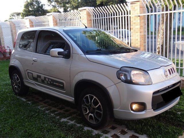 Fiat Uno Sporting 1.4 Flex 8V 2 Portas - Prata - Ótimo Estado