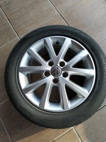 Rodas com pneus para jetta