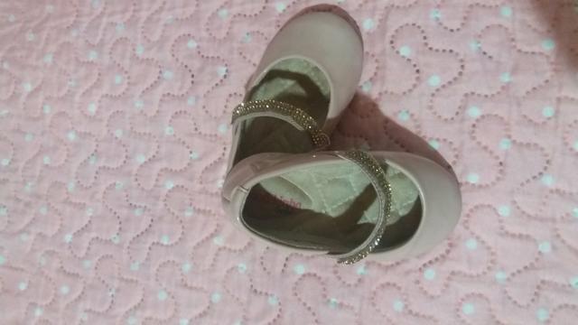Roupas de menina M/ G 1ano / calçados tbm - Foto 6