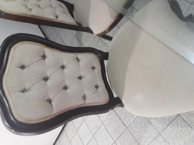 Conjunto Clássico De Mesa C/ Tampo De Vidro e 6 Cadeiras - Foto 5