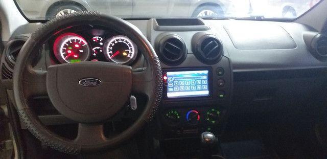 Fiesta 1.0 Hatch Ótima Conservação Completo - Foto 14