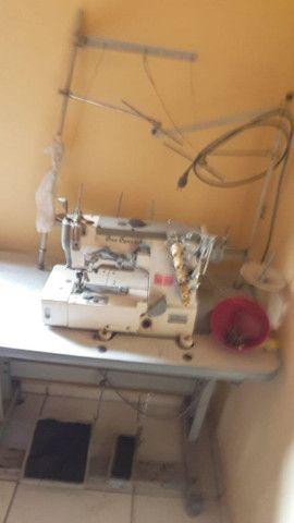 Máquina de costura GALONEIRA marca Sun Special