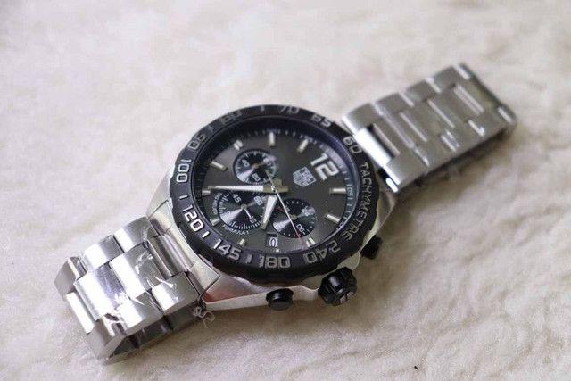 Relogio Modelo com pulseira Personalizada - ja é Vedado - Detalhes incríveis - Foto 5