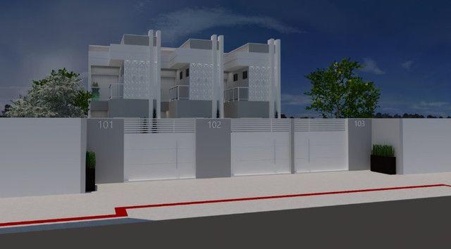 Casa duplex no Lagoa Park I com 03 quartos sendo 01 suíte e amplo quintal