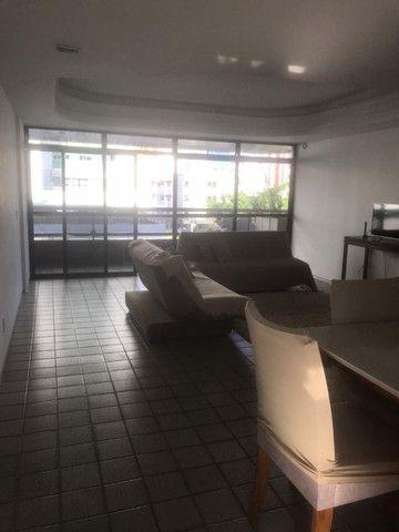 Apartamento com 3 quartos, sendo 1 suíte máster com varanda + DCE e área de lazer completa - Foto 10