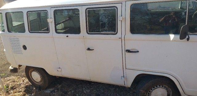 Vendo Kombi ou troco por outro carro  - Foto 2