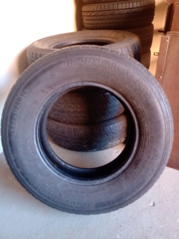 Jogo pneus 225 75 x 16 - Foto 2
