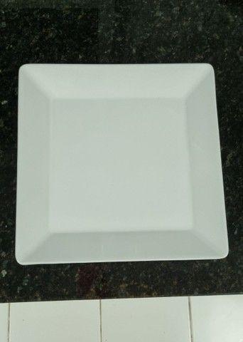 Pratos quadrados
