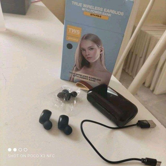 Fone de ouvido tws bth-f9-5, com microfone para chamadas, conexão Bluetooth,  - Foto 5