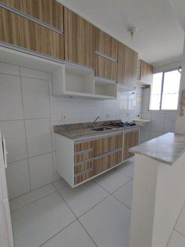 Alugo apartamento no fonte das aguas com armários na cozinha  - Foto 2