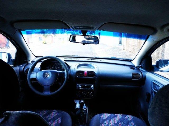 GM Corsa Hatch 1.0 MPFI 2004/2004 8v 71cv 5P - Foto 4