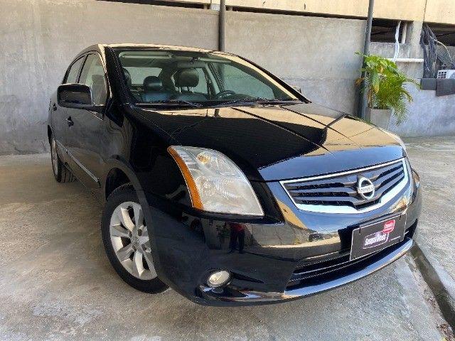 Nissan Sentra 2.0 Automático E Teto Solar.