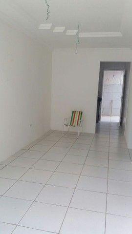 Alugo casa 3 quartos c/ 2 suítes - Foto 2