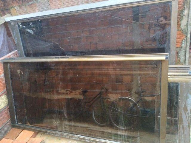 Portas corrimão de vidro  - Foto 2