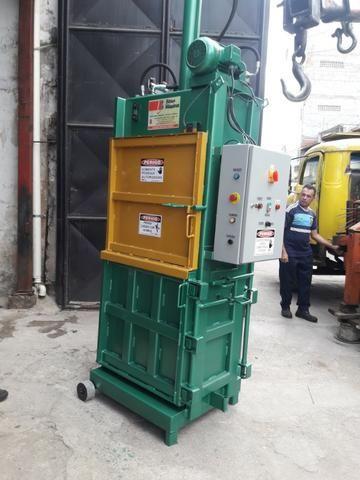 Prensa Hidráulica Para Fardos de Reciclagem - Fardos de papelão, pet, alumínio, etc - Foto 6