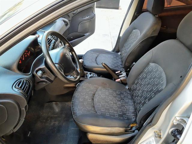 Peugeot 206 Pres 1.4 8 válvulas flex!! Completo ótimo estado!! - Foto 12