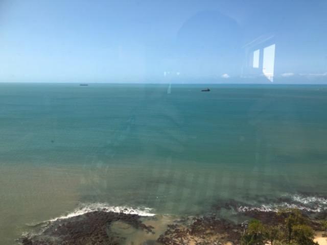 PX: Beira mar , duas suítes com vista frontal mar - Foto 12