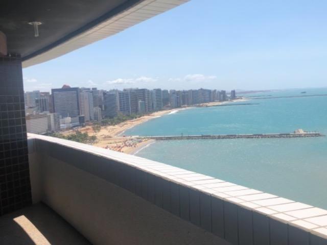 PX: Beira mar , duas suítes com vista frontal mar