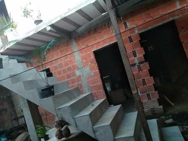Casa, dois apartamentos e laje em construção - Foto 5