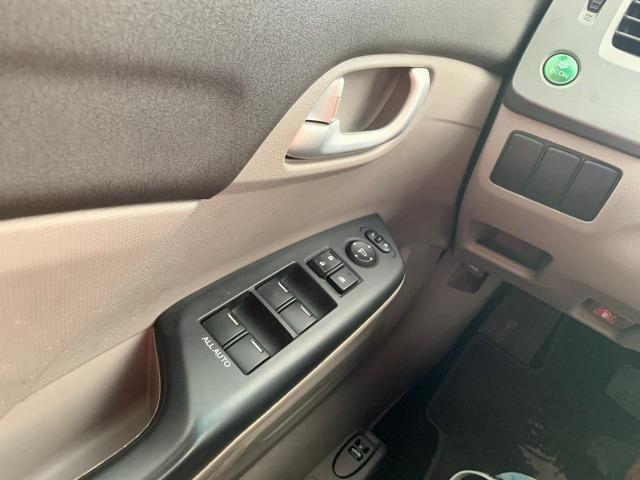 Honda Civic LXL 1.8 Aut - 2012 - Foto 11