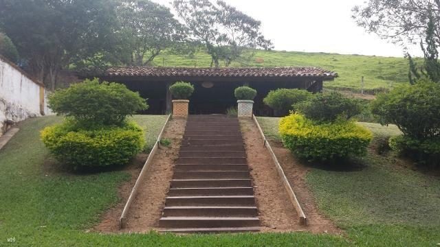Fazenda centenária, com casarão histórico - Foto 14