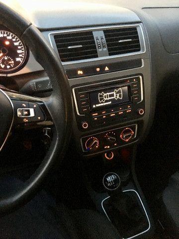 FOX 1.0 carro de mulher, carro de garagem - Foto 3