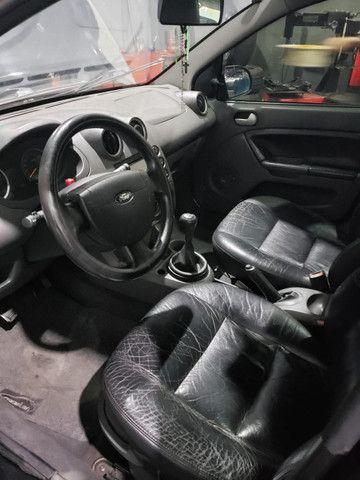 Ford Fiesta 2006 1.6 completo - Foto 3
