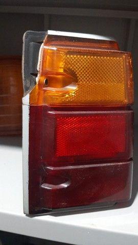 PAR de Lanternas traseiras Caravan Original GM com detalhes  - Foto 4