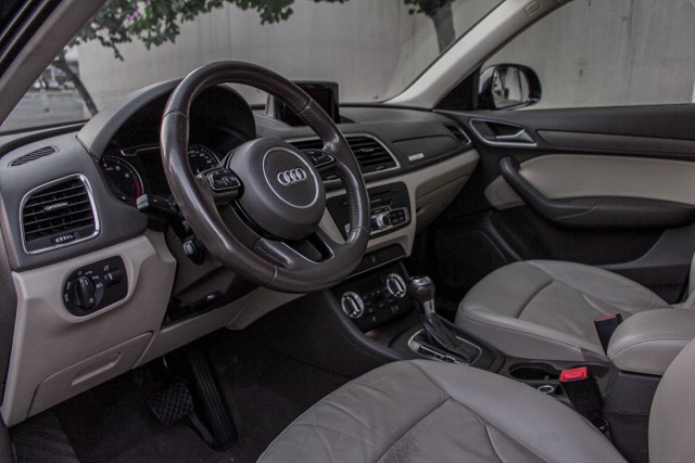 Audi Q3 2.0 TFSI Attraction S Tronic Quattro - Foto 6