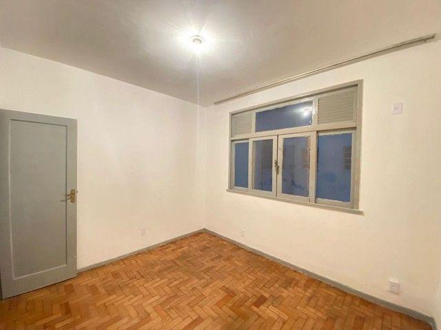 Apartamento com 2 dormitórios para alugar, 70 m² por R$ 1.000,00/mês - Ingá - Niterói/RJ - Foto 5