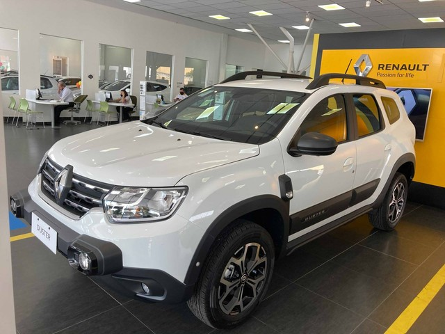 Duster Iconic com Pack Outsider 2022 0km