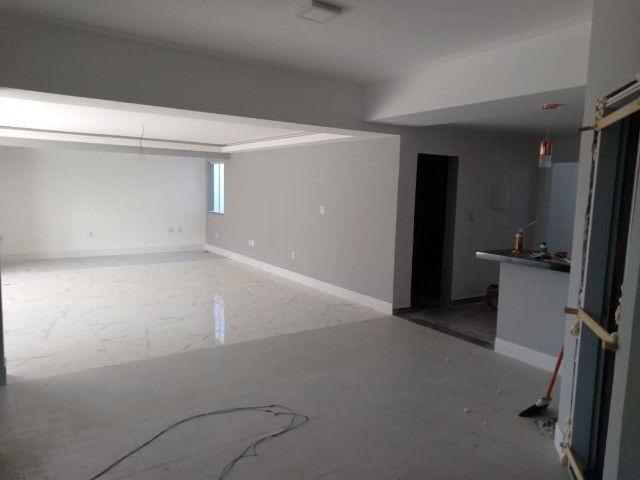 Vendo- Casa em fase final de construção com 4 dormitórios sendo 2 suítes, São Lourenço/MG - Foto 2