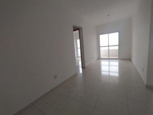 Apartamento Sensacional com 2 Dormitórios na Guilhermina - Foto 3