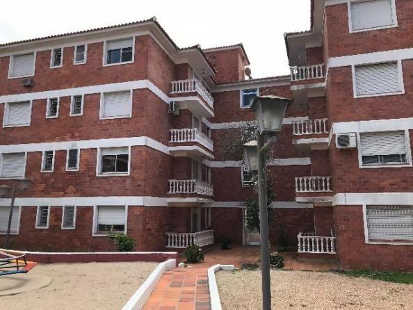 Ótimo apartamento Largo Vernetti(Professor Araújo 2149,apt 104I)