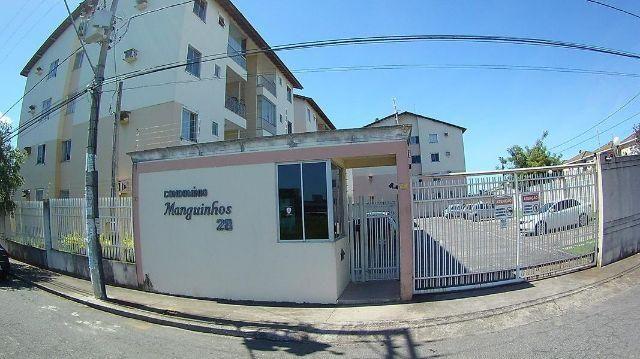 Colina de Laranjeiras, apartamento com 2 quartos, sala ampla, cozinha, wc social, area de