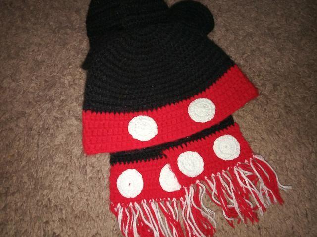 Touca e cachecol de crochê - Artigos infantis - Parque Continental ... 2339406f9c5