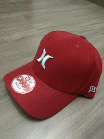 Boné Hurley vermelho - Bijouterias 6333f681978