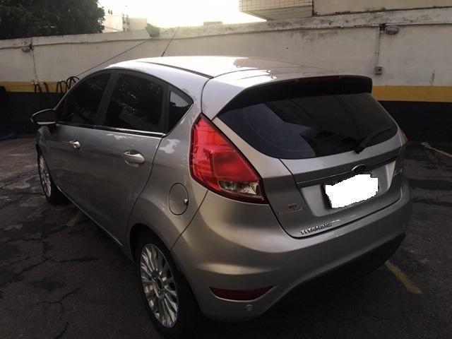 New Fiesta hatch Titanium automático com gnv 5 geração preço real - Foto 5