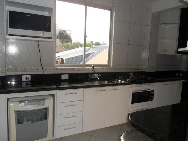 Apartamento Mobiliado, com 03 dormitórios - Água Verde - R$ 1.300,00 + taxas - Foto 11
