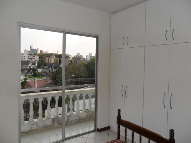 Apartamento Mobiliado, com 03 dormitórios - Água Verde - R$ 1.300,00 + taxas - Foto 17