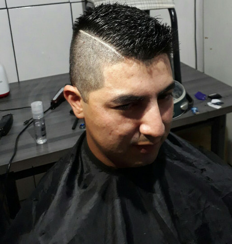 Cortes de cabelos - Foto 2