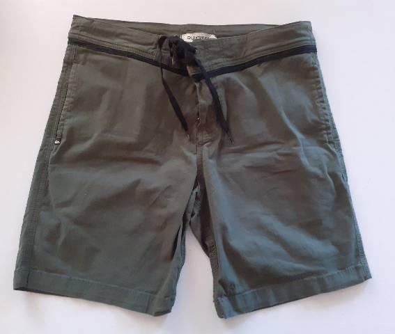 Bermuda Short Quiksilver Algodão com bolsos