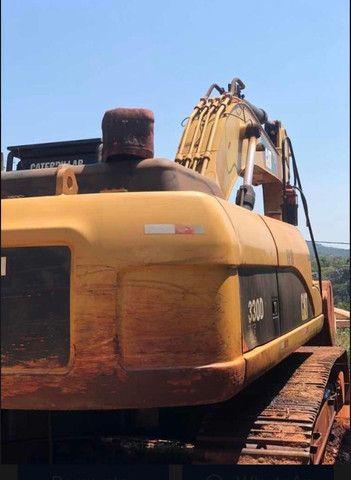 *Escavadeira Cat, Modelo 320D, ano 2011, com 9 mil horas